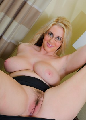 Blonde With Saggy Tits Pics